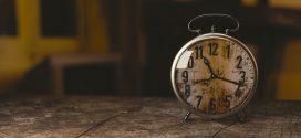 Bolehkah Shalat Tidak di Awal Waktu?